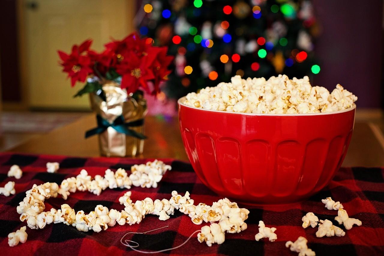 10 фільмів зі святковим настроєм