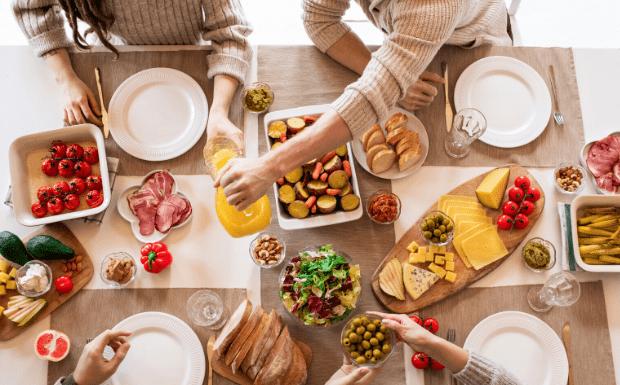 🥨Їмо вдома по-маріупольськи: сервіси замовлення їжі та продуктів